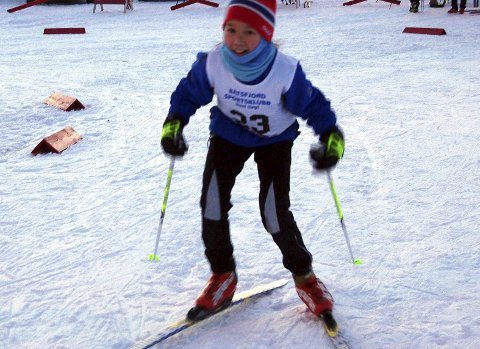 Lucia Daneria (Båtsfjord Sportsklubb) gikk Båtsfjordsprinten i 2015. Foto: Sixtein Larsson