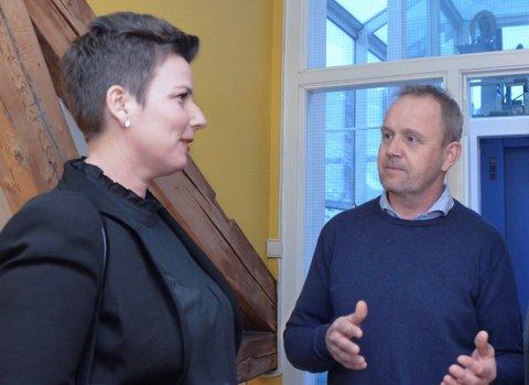 Henriette Fluer Vikre og Frp har fått svært godt betalt for å plassere senterpartiets Grunde Knudsen på ordførerstolen.
