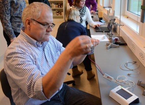 Matthias Zimmermann jobbar som lektor på Rosendal Ungdomsskule, og er i tillegg prosjektleiar for TERS (teknologi og realfag i skulen) ved Kvinnherad Vidaregåande. (Arkivfoto).