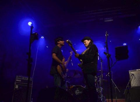Rått: Gitarist og vokalist Ashesh har fått kallenavnet «Himalayas Jimi Hendrix».