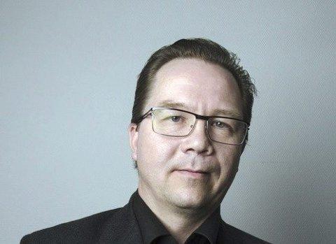 FORLATER AP:  – Jeg kan ikke lenger være medlem i et parti som ledes av folk som i de viktigste politiske sakene allierer seg med Frp og Høyre, skriver Arne Christoffer Rødby i sin utmeldelse.