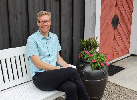 ÅPEN: Bent Erik Hodnebrog (43) er opptatt av at kirken skal være et sted for alle og har ingen begrensninger på hvem han vil vie.