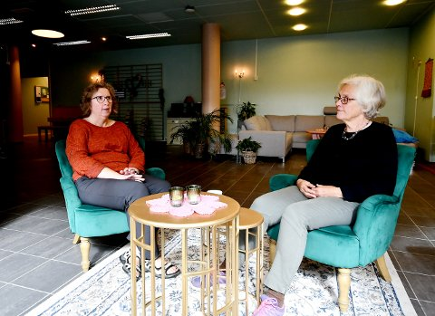 Anne Marie Nesset i Rus og Psykisk helse Sel kommune, og Oddrun Teigen Ekre i Sel Eldreråd, forteller at seminaret er for alle som vil vite mer om selvhjelp og selvhjelpsgrupper.