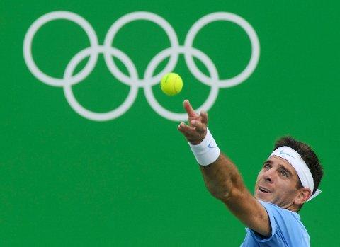 DEN GODE HISTORIEN: Juan Martin Del Potro fra Argentina har vært utregnet mange ganger på grunn av skader de siste årene. Lørdag spiller han semifinale i OL mot Rafael Nadal. Etterpå blir det tårer, uansett om han vinner eller taper.