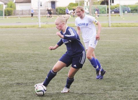 Slo favoritten: Nanset og Eurora Henden Sørum hadde god kontroll på Nesjar og Emily Andvik-Hansen.