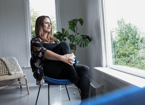 HJEMME: Anita Vilenica har nettopp flyttet hjem til Larvik med sin familie, og angrer ikke et sekund.