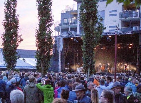 GRANDE FINALE: Lørdagskvelden kom med Kurt Nilsen og solskinn, og det ga ifølge festivalsjefen en grande finale.