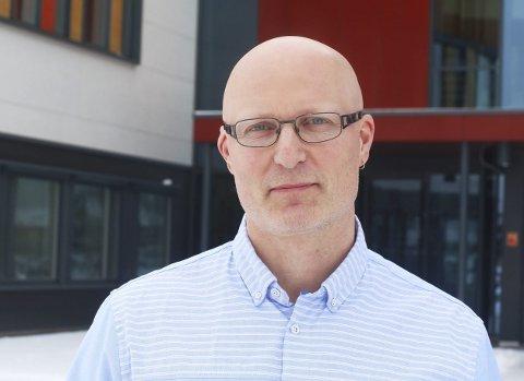 Torgrim Rian, områdeleder for fellesfag ved Hønefoss videregående skole er også positiv.