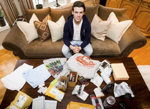 Shopper billig: Even Løvberg har alltid vært prisbevisst. Allerede som 13-åring begynte han å handle på nett fra utlandet. Det har han spart penger på.Alle foto: Tom Gustavsen