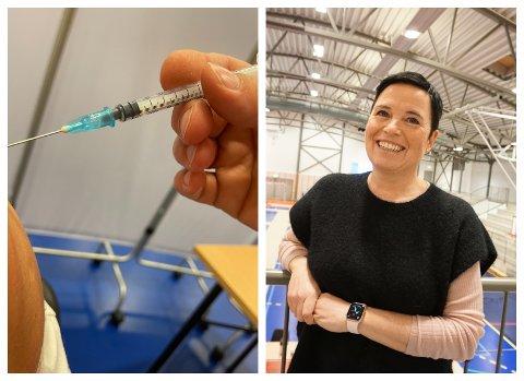 BESVIMER: Enkelte besvimer som følge av vaksineringen, men det er ikke en reaksjon på selve vaksinen, men på opplevelsen, forklarer vaksinekoordinator Christine Berge i Holmestrand kommune.
