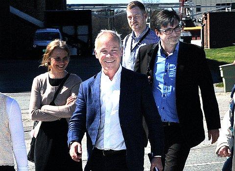 IGJEN TIL SARPSBORG: Kommunalminister Jan Tore Sanner var tidligere i år på bedriftsbesøk på Borregaard.