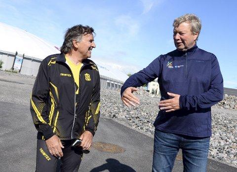 Lederskifte: Oddbjørn Lomundal (til venstre) gir seg som leder IL Norodd. Per Dagfinn Fagerli kommer inn som ny sjef i allidrettslaget.