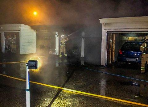 STOR ETTERFORSKNING: Politiet etterforsker brannene på Tolvsrød bredt, men frykten er at en ildspåsetter er på ferde.