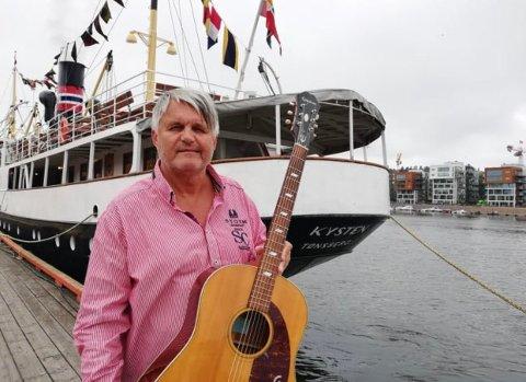 TEIGEN-CRUISE: Kurt Bjørnsgård skal være musikalsk hovedattraksjon på lørdagens maritime hyllest til Jahn Teigen. Han gleder seg stort.