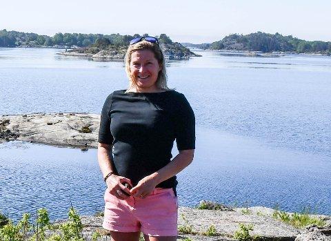 GODT SVAR: Hedda Berntsen er fornøyd med svaret fra klima- og miljøvernminister Sveinung Rotevatn om tankene for områdene på Mågerø.