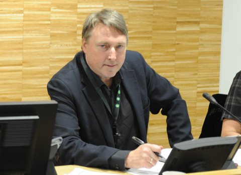 TØFFE TIDER: Fungerende ordfører Inge Solli fikk enstemmig flertall for forslagene om økt krisepott fra 5 til 20 millioner for å hanskes med korona-krisen, samt at kommunestyre og hovedutvalgenes saker i en tidsbegrenset periode kan avgjøres av formannskapet.