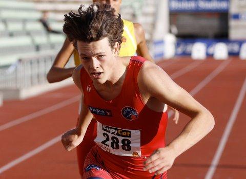 BLIR BERGENSER: Sebastian Plows er på flyttefot til Bergen. Minst tre års jusstudier venter årets norske innendørsmester på 400 meter for junior.