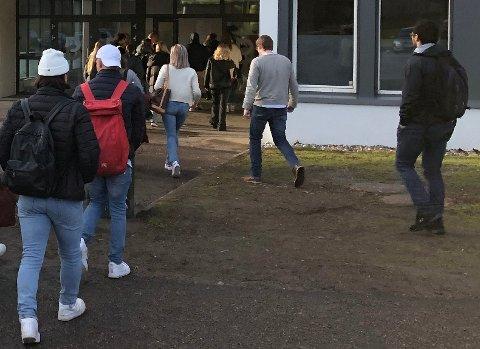 KAMP OM Å KOMME INN: Det kreves betydelig høyere snittkarakter for å komme inn på studiespesialisering på Bjertnes videregående i år i forhold til tidligere år.