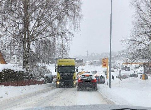 Snø: – Vi kan ikke avblåse vinteren. Det kan komme snø både i april og mai. Men slik prognosene ser ut nå har vi en periode foran oss med fint vårvær, sier meteorolog Martin Granerød.Foto: Mariann Leines Dahle