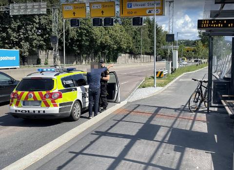 En syklist har kjørt på en åtte år gammel gutt i Sognsveien, i nærheten av Ullevål stadion.