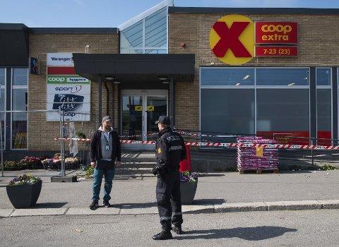Drept på jobb: En gutt på 18 år ble knivstukket og drept mens han var på jobb på Coop i Vadsø 14. juli i år. Gjerningspersonen er kjent psykotisk og dermed strafferettslig utilregnelig.