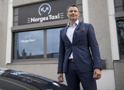 Administrerende direktør Dag Kibsgaard-Petersen i Norgestaxi startet med å snu det utskjelte taxiselskapet da han begynte som toppsjef i august i fjor. – Med den leveransen vi har nå, er kundene tilfredse. Da vil også merkevaren vår styrkes, sier han. Foto: Anders Kjølen
