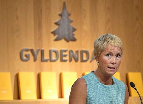TREKKER TILBAKE: Kari Marstein i Gyldendal bekrefter at forlaget trekker tilbake diktsamlingen «Lyder jeg ikke kan høre» av Eirin Gundersen etter flere tilfeller av likhet med verk av andre forfattere.