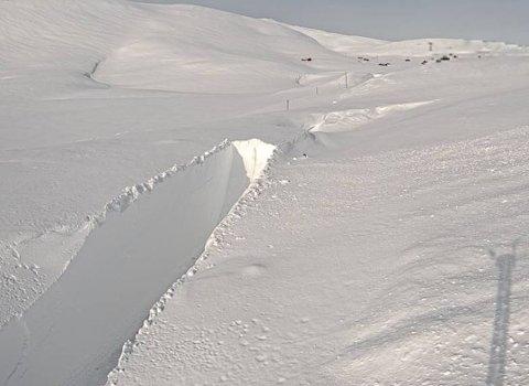 STOR JOBB: Slik såg det ut på rv. 13 ved Vossadalen på Vikafjellet torsdag 26. februar.