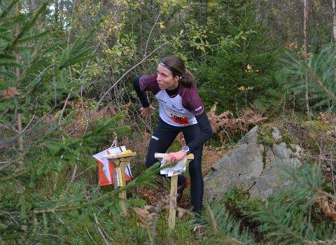 Alene. Anne Margrethe Hausken Nordberg hadde skapt seg en luke allerede på vei inn etter den første runden i Blodslitet.