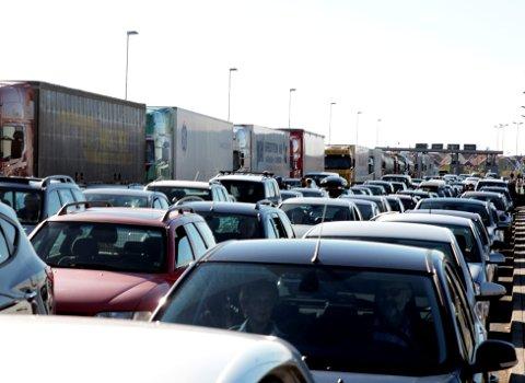 KØ: Sommertrafikk og Rudskogen-helg kan skape kø.