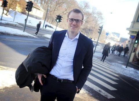 TIDLIGERE KIL-SPILLER: Ragnar Gundersen Koffeld jobber hovedsakelig med transaksjoner og finansiering innen olje- og offshore-bransjen. Her fra Oslo, der han bor.