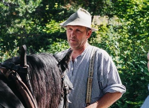 Maihaugen-bonden Rune Søderholm fant noe helt spesielt på en eng på museet.