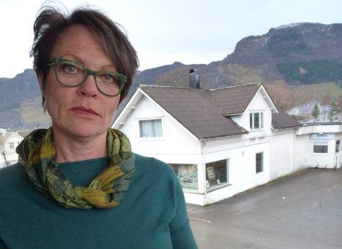 IKKE CAMPING: - Ikke besøk oss denne påsken, heller ikke på dagstur, er oppfordringen til bobil,-camping,- og båt-turister fra Etne-ordfører Mette Heidi Bergsvåg Ekrheim.