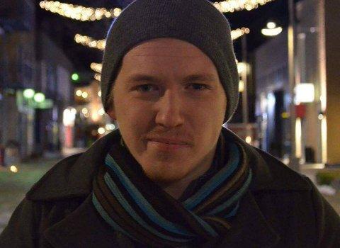 BLE FORSØKT SVINDLET: Steffen Eriksen Haneboe advarer på Facebook om svindlere som ringer og ber om tilgang til PC-en din.