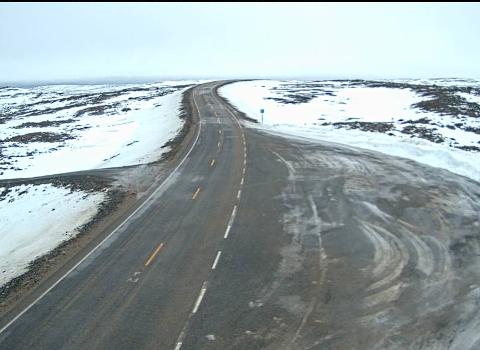 VIND: Det er meldt om mye vind framover. Nå ber meteorologen folket ferdes forsiktig langs veiene.