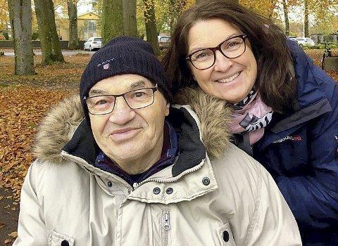FAR OG DATTER: Gabriele Lørincz er glad for at faren Laszlo nå er pleiepasient ved Indre Havn sykehjem her i Horten.  FOTO: PRIVAT
