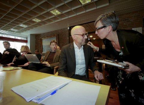 MØte i Referansegruppa fredag: Regionvegsjef  Per Morten Lund i Statens vegvesen og ordfører Hanne Tollerud (Ap).
