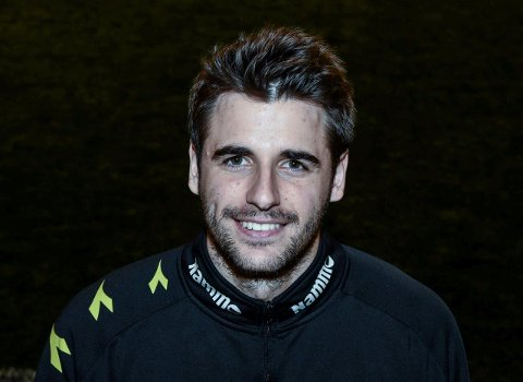 Forrige sesongs kaptein Marcos Gondra Krug er på ferie i Spania, og venter på en avklaring om trenersituasjonen i Raufoss Fotball.