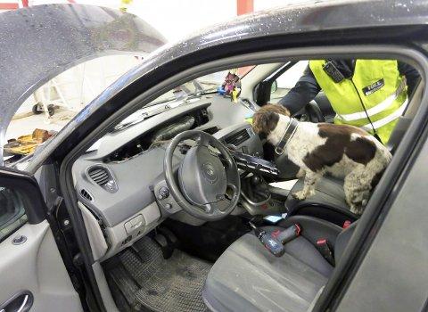 Smuglet: En mann ble arrestert etter at tollerne fant ulovlige piller i bilen hans. Bildet er kun en illustrasjon.