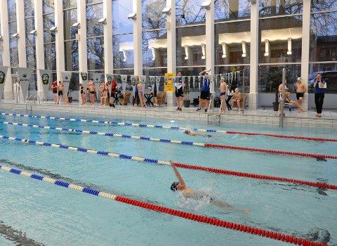 I AKSJON: Daniel Storesund som svømmer sin favoritt øvelse.