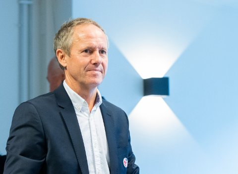 Generalsekretær Pål Bjerketvedt i Norges Fotballforbund sier regelendringen er en alminneliggjøring.