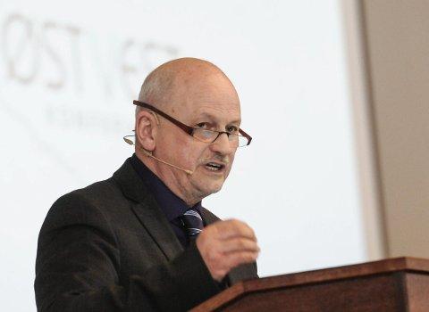 Løftet salen: Fylkesordfører Roger Ryberg glødet for Ringeriksregionen, og lovet å vise seg at fylkeskommunen nå vil være mer offensiv og proaktiv i regionen.