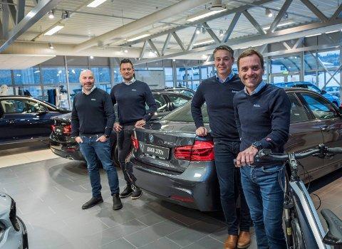 - Det er teamet som gjør oss på Bilia gode sier daglig leder Krister Sørgård (til høyre). Bruktbilsjef Reidar Mjelde, Salgssjef for BMW Helge Antonsen og BMW-selger Henning Guneriussen.
