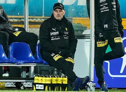 RENSET LUFTA: LSK-trener Geir Bakke mener det var viktig å bli ferdig med Ull/Kisa-kampen allerede søndag kveld.
