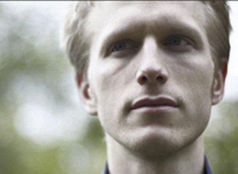 TALENT: Kristian Lindberg har et stort musikalske talent, og i Slemmestad kirke 3. mai kan du se og høre han spille.