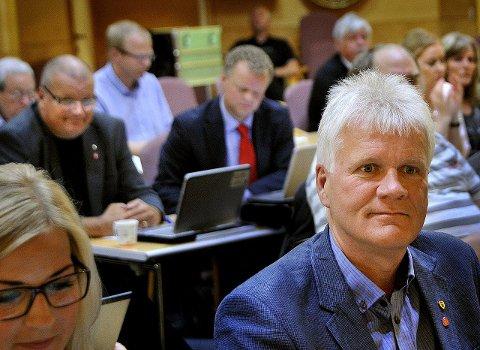 JUBLER IKKE: Svein Larsen er ikke spesielt imponert over tilskuddet til kommunene.                FOTO: Jarl. M Andersen