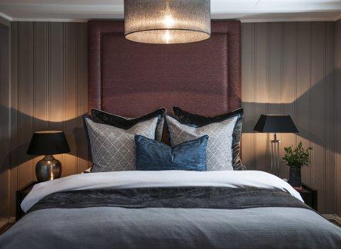 Christine Hagen Pettersen vil ha hotellfølelsen på sitt soverom. – Det skal være avslappet, luksuriøst og mørkt, sier hun.