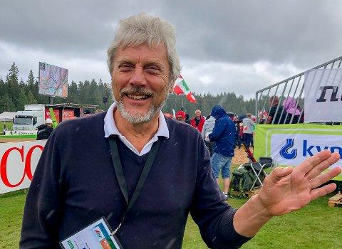 BURSDAG: Peder Mørk fylte 69 år på fredag. Den feiret han på golfbanen han selv var med å grunnlegge, sammen med rundt 5.000 mennesker fra hele verden.