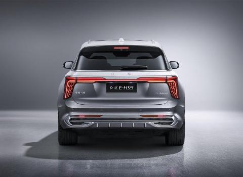 SUV: Den elektriske SUV-en Hongqi E-HS9 er på vei til Norge.
