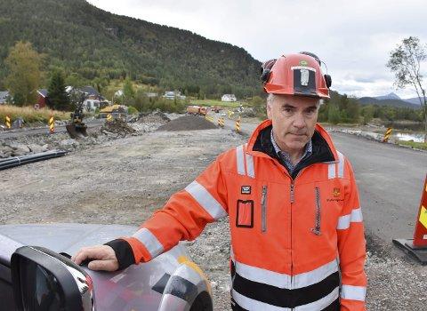 Ny teknologi: Ifølge Odd Helge Innerdal skal det benyttes hypermoderne gatelys med radarsensorer mellom Tingvoll og Meisingset.
